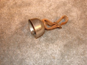 AC382 - Small Finger Bell