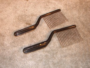 SME125 - Metal Comb Scrapers and Beaters